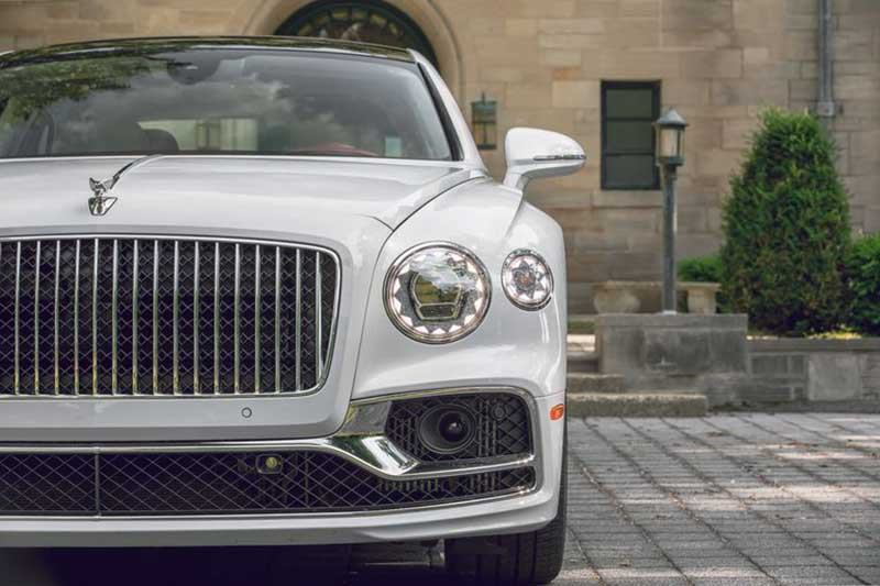 den-xe-bentley-flying-spur-2021-muaxegiatot-vn