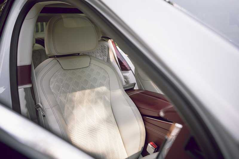 ghe-xe-bentley-flying-spur-2021-muaxegiatot-vn