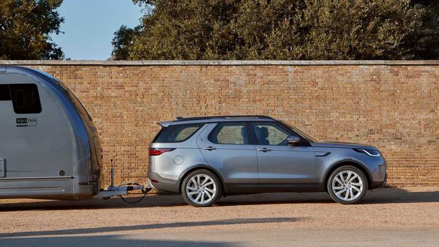 van-hanh-land-rover-discovery-2021-muaxegiatot-vn-1