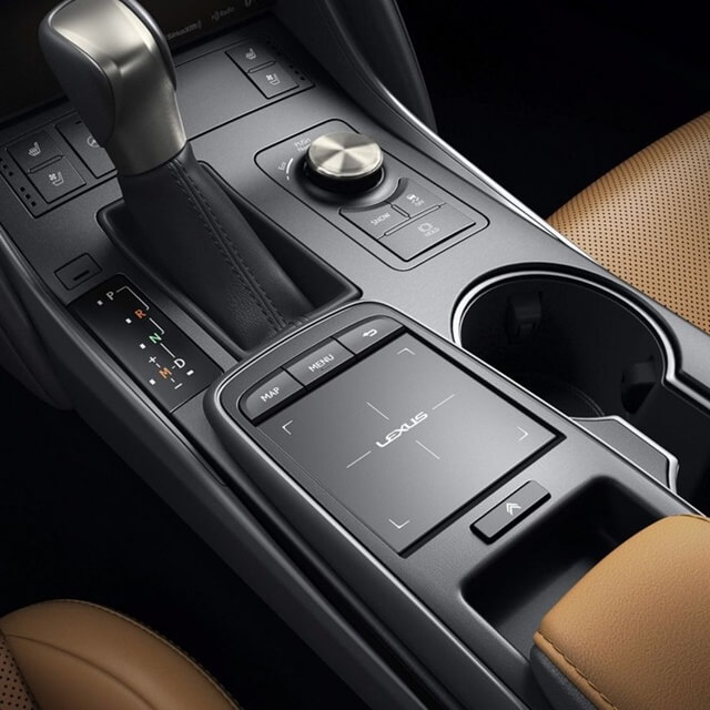 Lexus-IS300h-2021-can-so