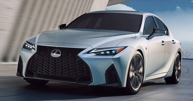 Lexus-IS300h-2021-hinh-anh