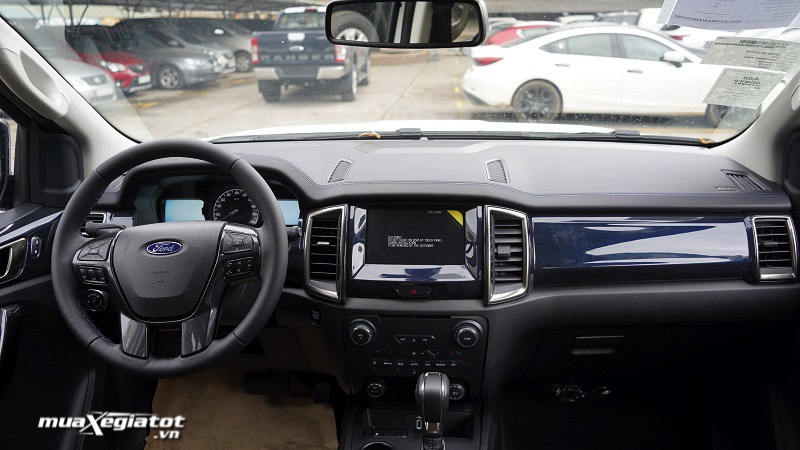 tien-nghi-ford-everest-sport-2021-muaxegiatot-vn-1