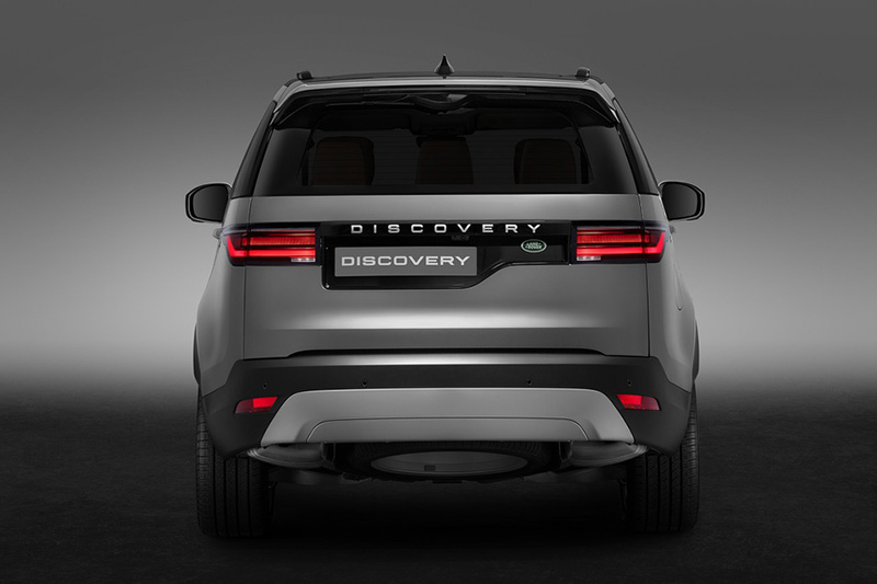 Duoi-xe-Land-Rover-Discovery-2022-Muaxegiatot-vn
